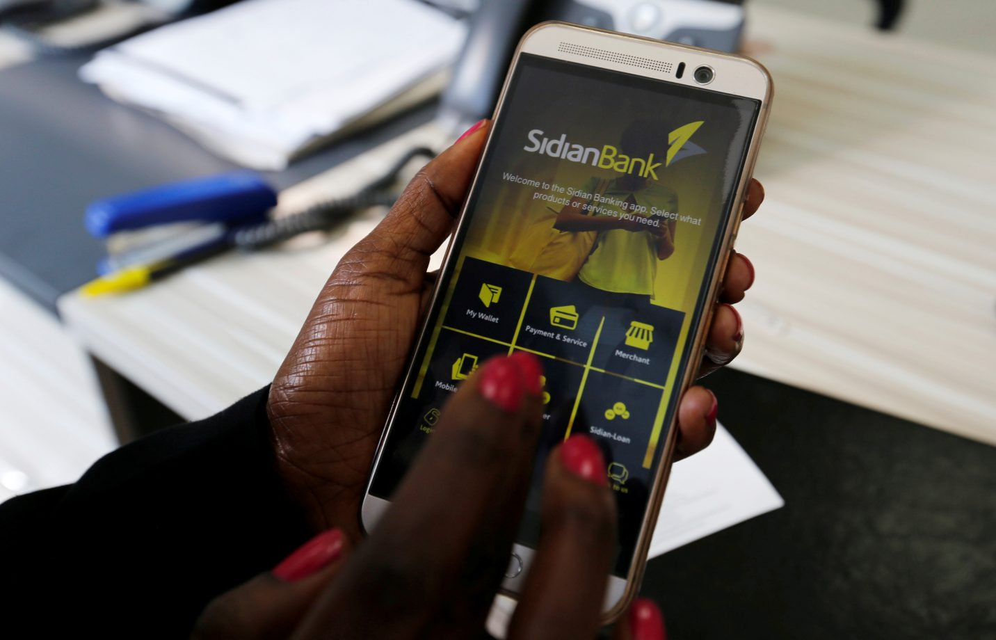 African women use more mobile data compared to their male counterparts.