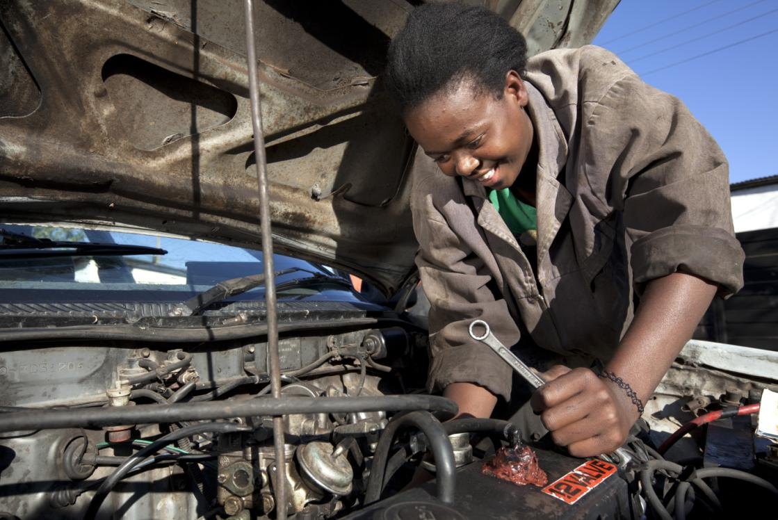 Toyota and Total partner to help mechanics