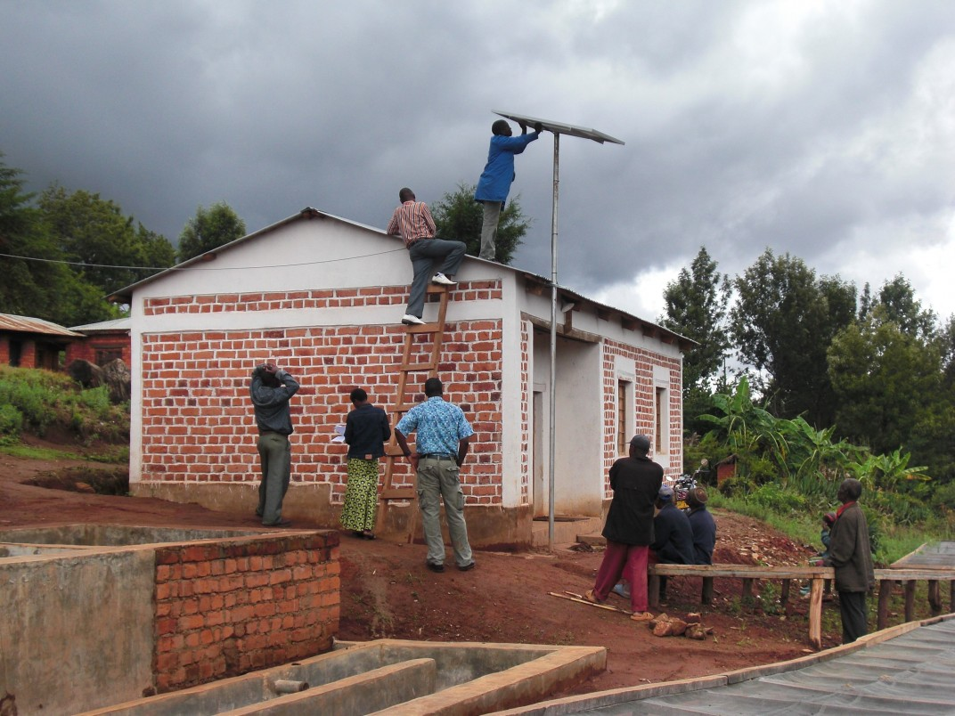 Orange and ENGIE pursue electrification of rural Africa commitment