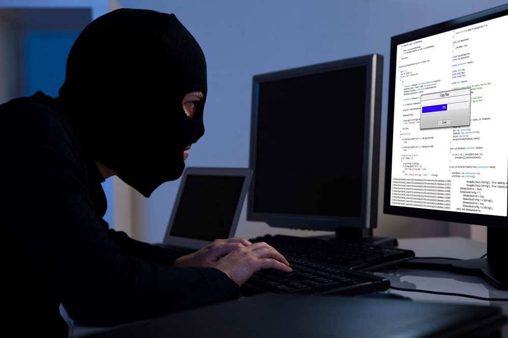 Should firms be forced to report when hacked?