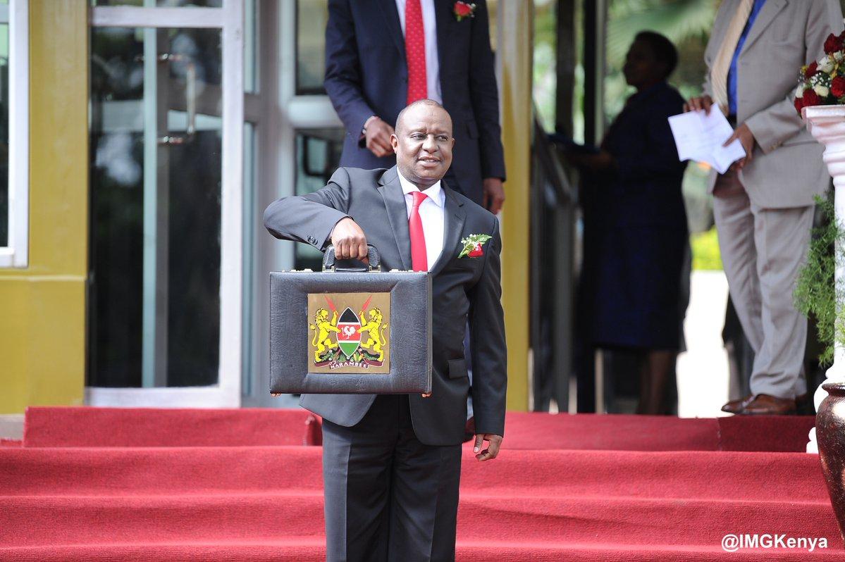 Debt binge leaves Kenya's economy on the Cliff