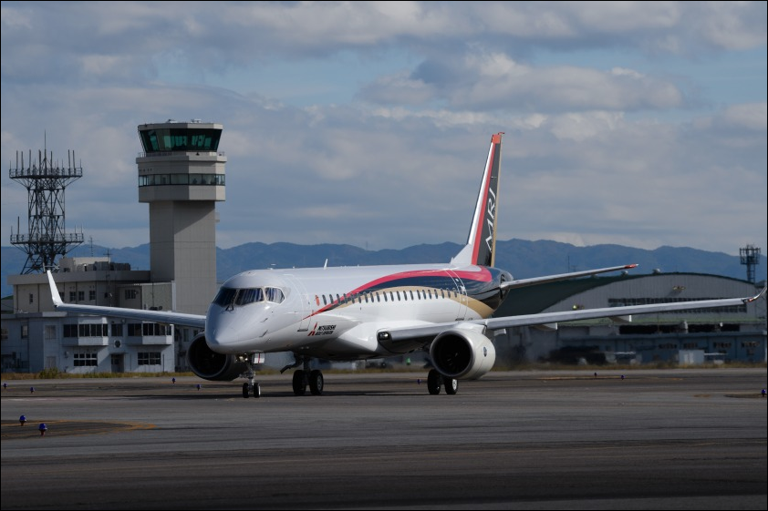 First Japan-built airliner in 50 yrs takes on Boeing and Airbus